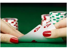 Top 5 reasons why women are bad at poker